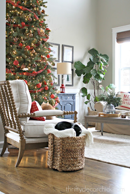 living room decor at Christmas