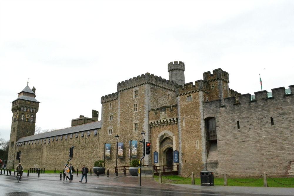 cardiff castle wales exterior