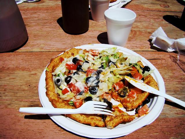 Monuments Valley - USA - déjeuner indien - galette de maïs