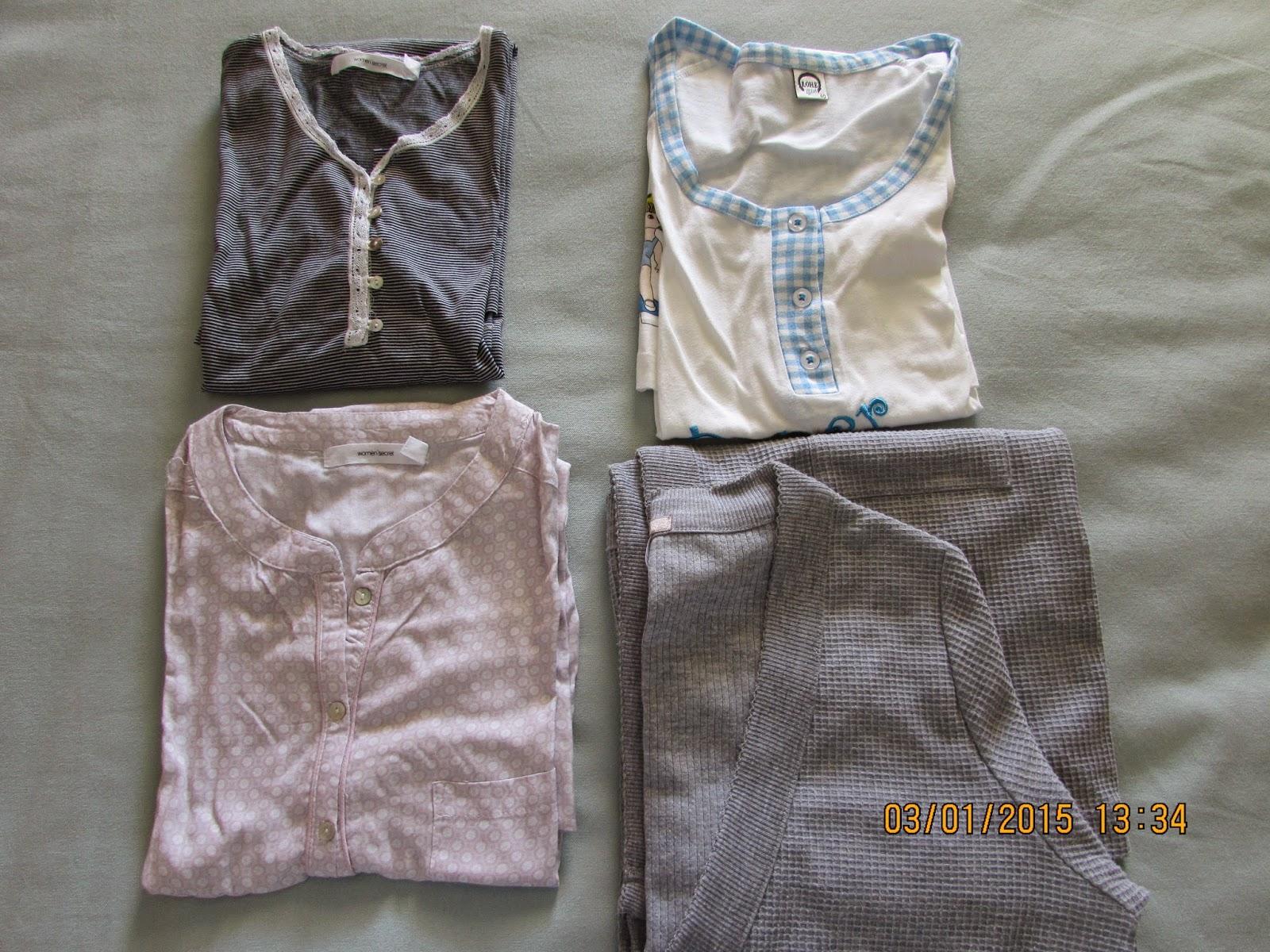 5bc8cd947 ... maternidade comprei camisas de dormir. Apesar de adorar ver aquelas  branquinhas