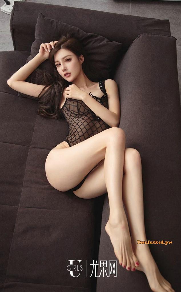 UGIRLS Ai You Wu App No.1302 Emily MrCong.com 023 wm - UGIRLS – Ai You Wu App No.1302: Người mẫu 奶茶Emily (35 ảnh)