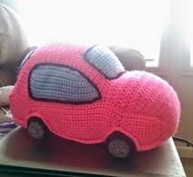http://translate.google.es/translate?hl=es&sl=auto&tl=es&u=http%3A%2F%2Fwww.mnecrafts.com%2F2014%2F05%2F5kcbwday1-friendly-car-pillow-pal.html
