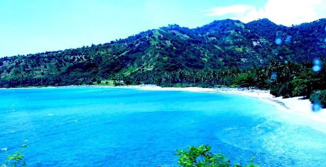 Pesona Menakjubkan di Pantai Senggigi Lombok