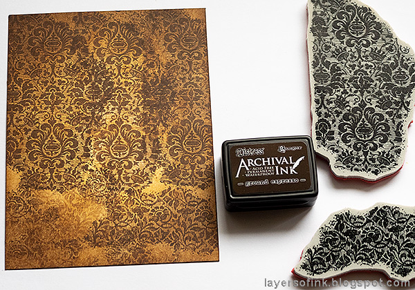 Layers of ink - Inky Blossoms Card Tutorial by Anna-Karin Evaldsson. Stamp with Tim Holtz Fragments stamp.