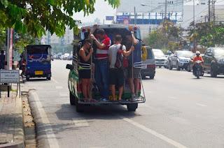 grünes Taxi von Hua Hin nach Khao Takiab