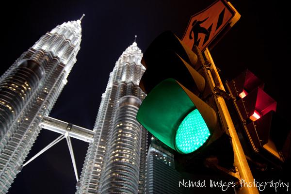 twin towers of petronas towers malaysia