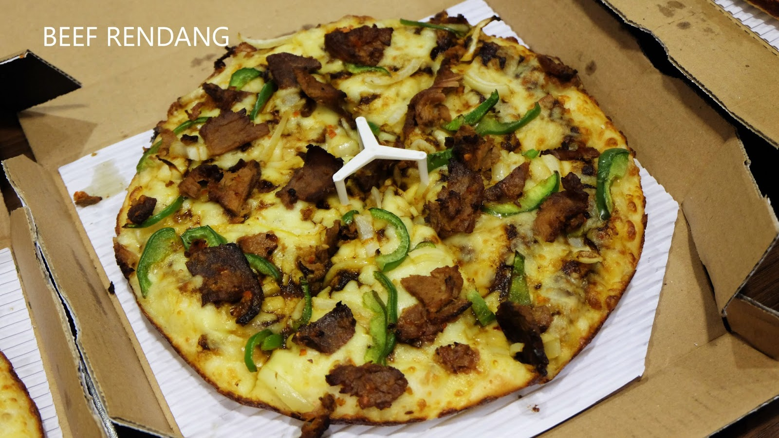 Yang Baru Di Domino S Pizza Chef Premium Collection Love To Be Eat