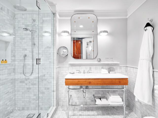 Frau 39 s land for Martin craig bathroom design studio