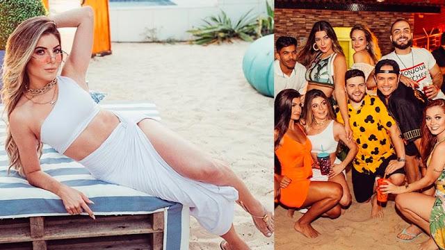 Festa de famosa teve sexo a três entre blogueiras, diz colunista
