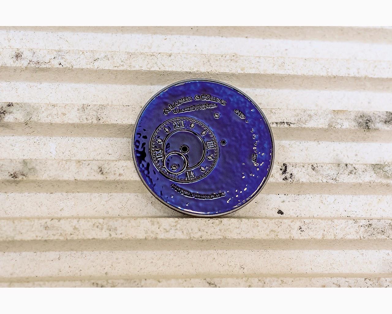 Como realiza A. Lange & Söhne un dial esmaltado debajodelreloj 93
