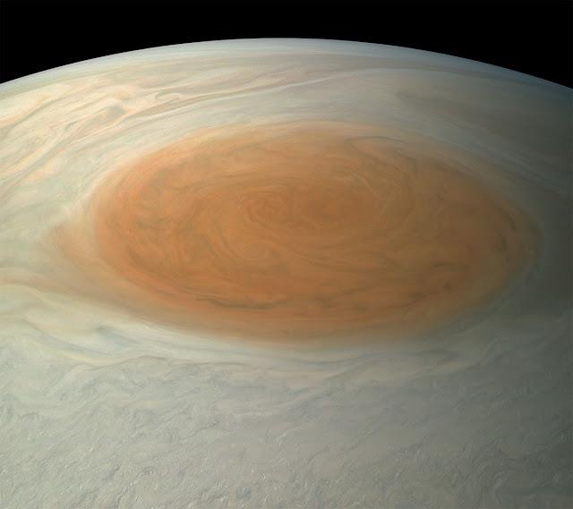 Júpiter - Grande Mancha Vermelha - cores reais - Björn Jónsson