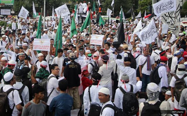 Survei Alvara : FPI dan HTI dinilai sebagai pembela Islam