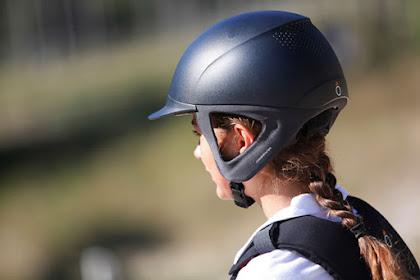 Conseils utiles sur la façon de monter un chapeau d'équitation