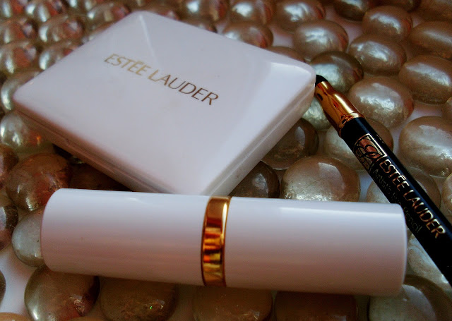 Estee Lauder Pure Color nr 86 Tiger Eye Shimmer, Estee Lauder Artists Eye Pencil w kolorze 01 softsmudge black,  Estee Lauder Pure color eyeshadow Duo Ombre
