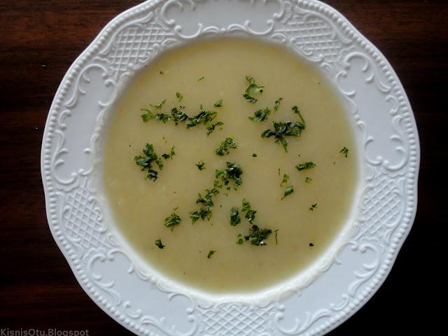 Patatesli çorba tarifi, Pırasalı çorba tarifi, sağlıklı tarifler, Kişniş otu