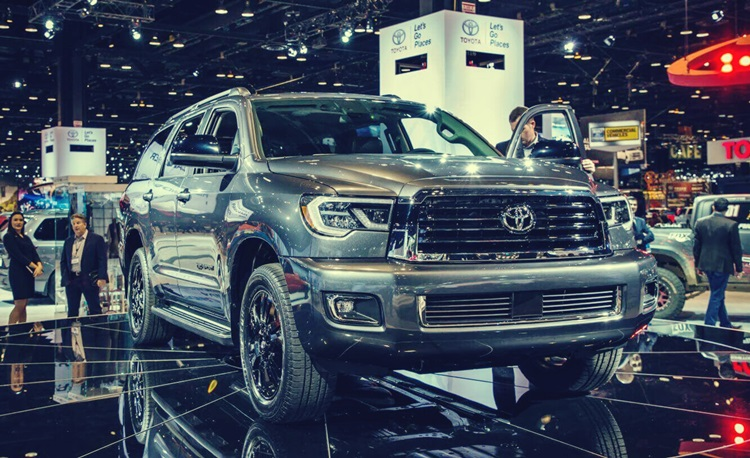 2019 Toyota Sequoia Review, Specs & Price