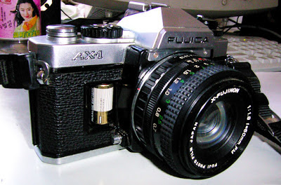 Fujica AX-1 tampak kanan