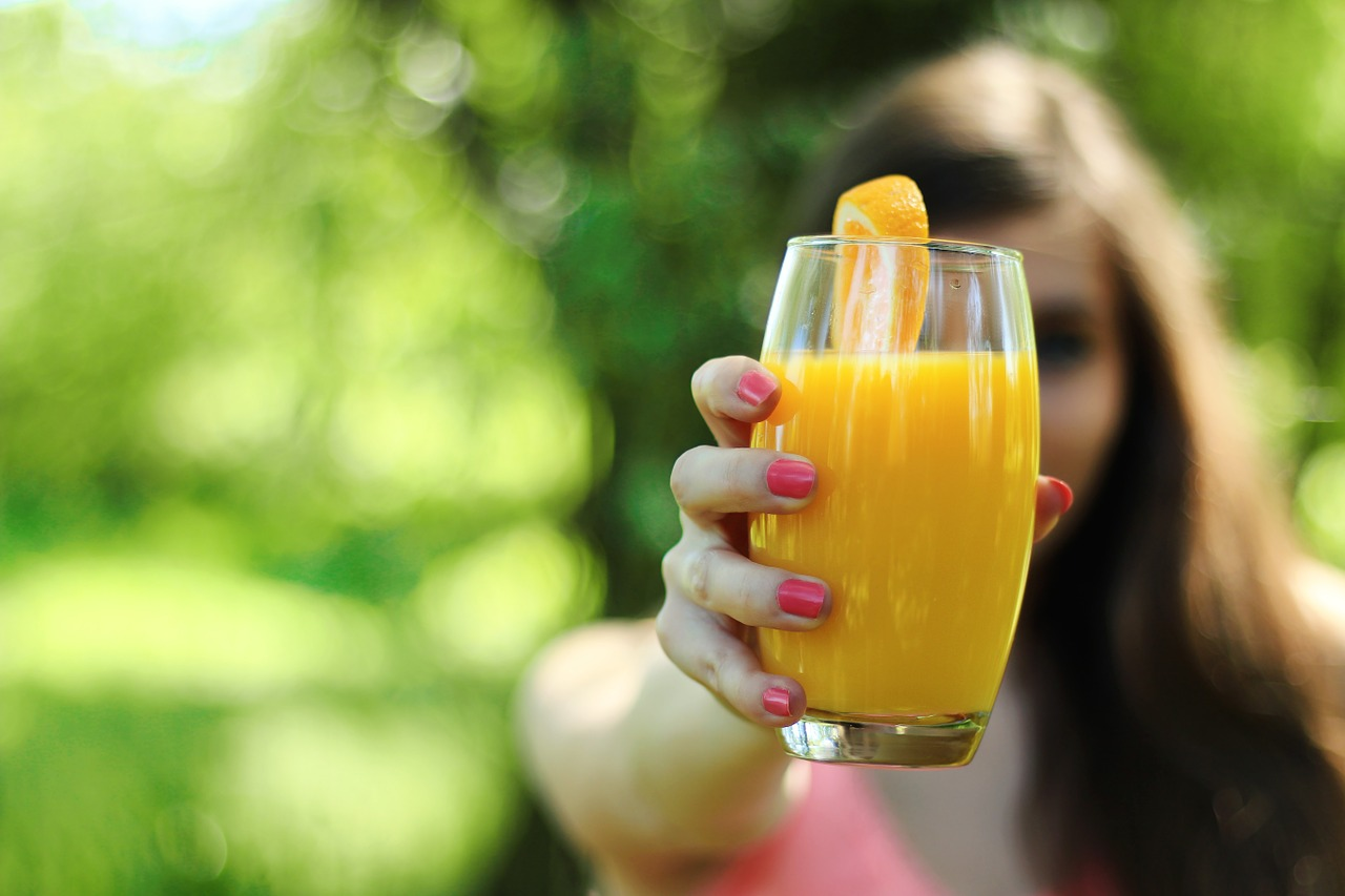A glass of fresh orange juice is the best way to start your day.