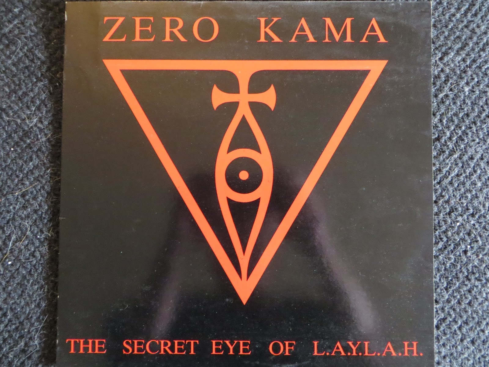 roots and traces: spurensicherung: ZERO KAMA - THE SECRET EYE OF ...
