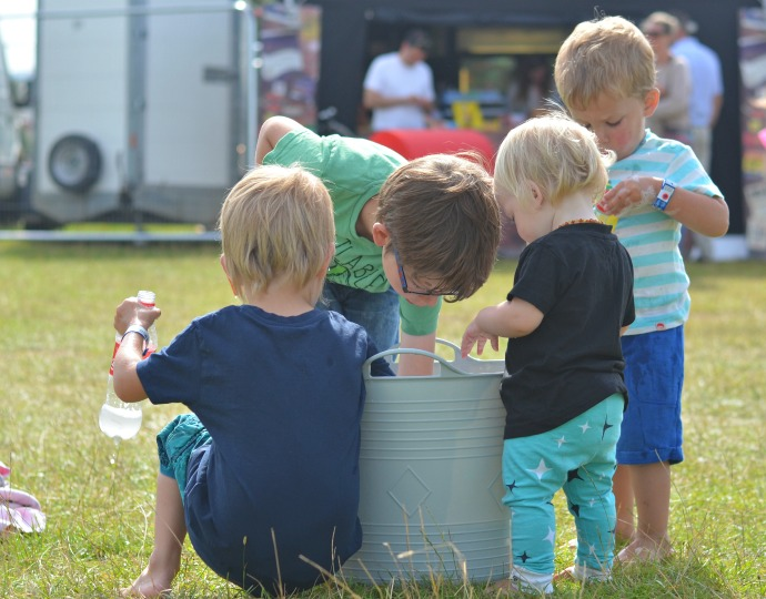 festival camping, camping with children, Wilderness festival