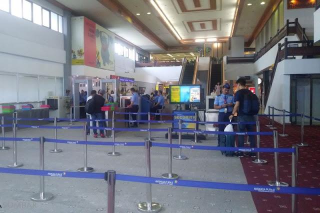 Tiket Mahal, Bandara Minangkabau Jadi Sepi