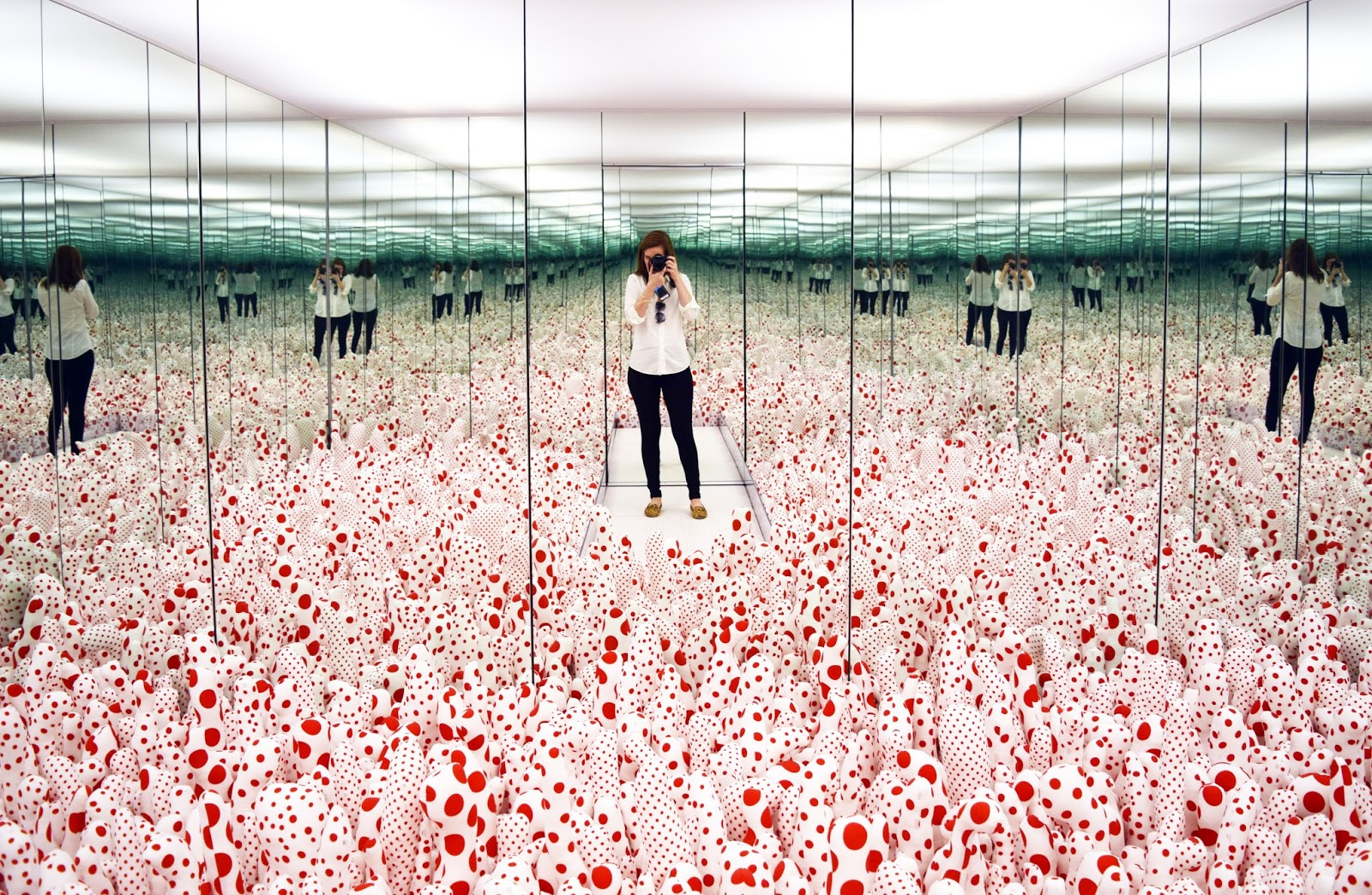 Yayio Kusama: Infinity Mirrors