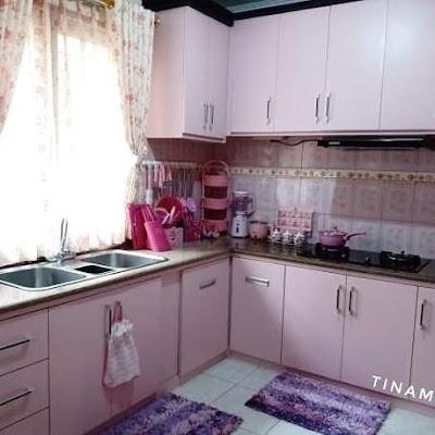dapur cantik warna pink