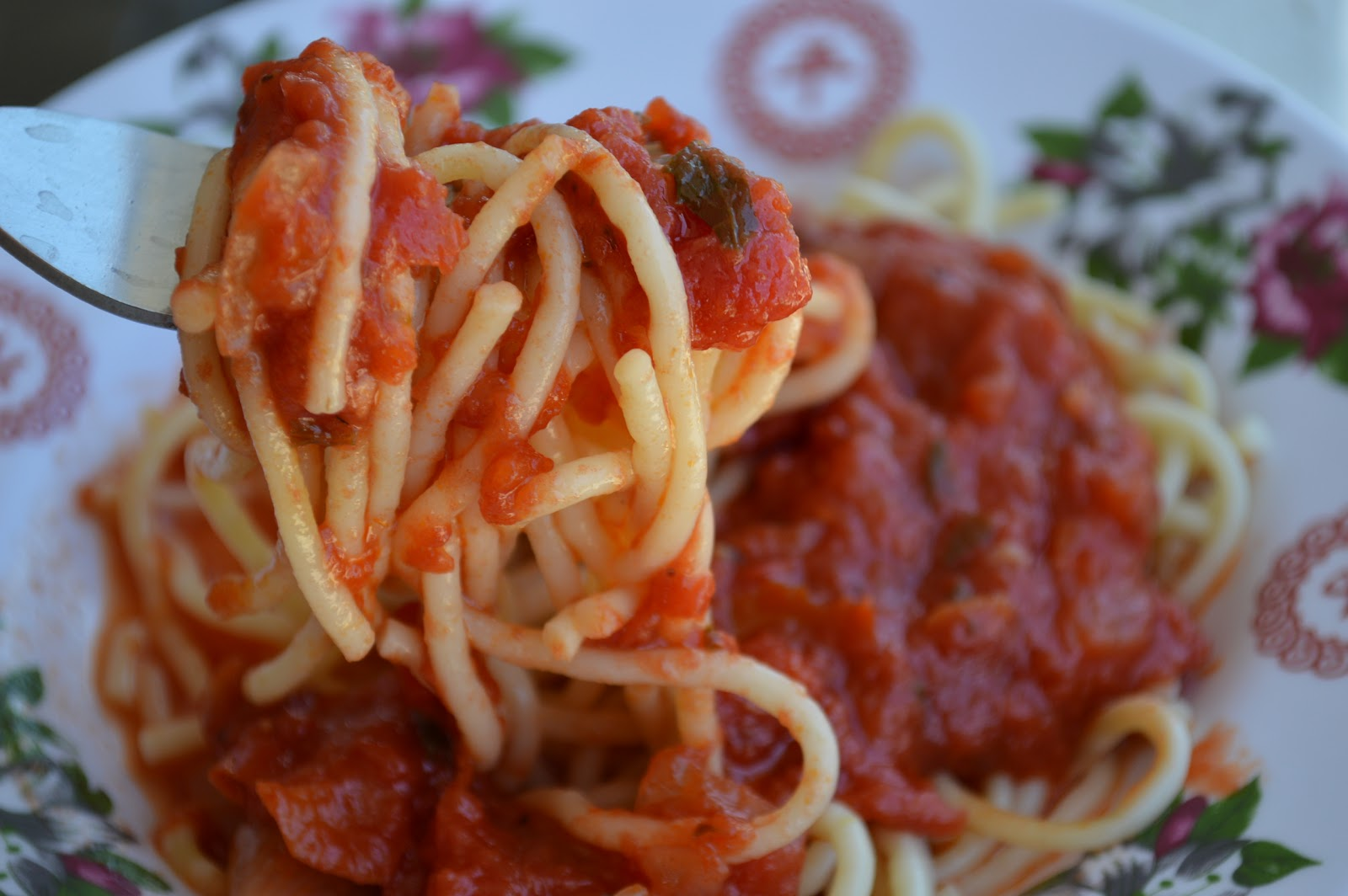 GIVEAWAY | Taste Years of Family Tradition Through Mickey's Deli Original Pasta Sauce!