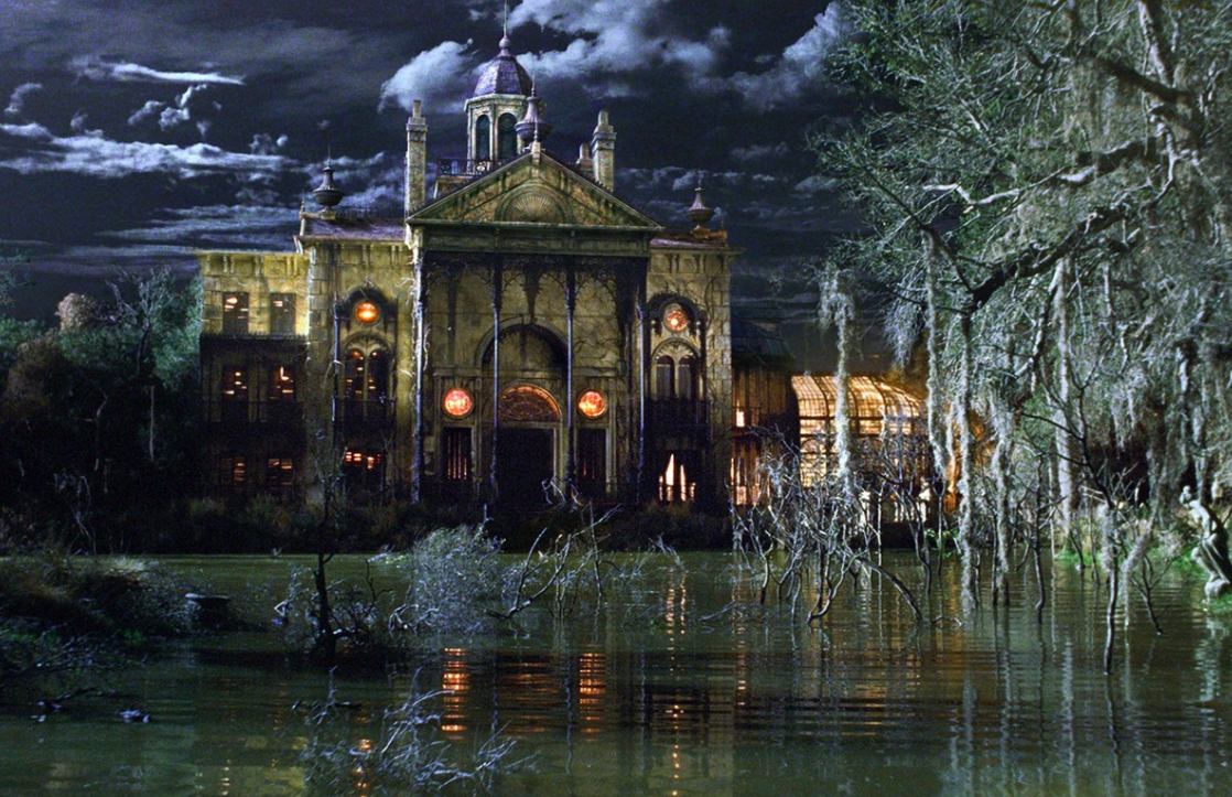 Halloween Film List / The Haunted Mansion 2003 Review / Belle Chaton Blog