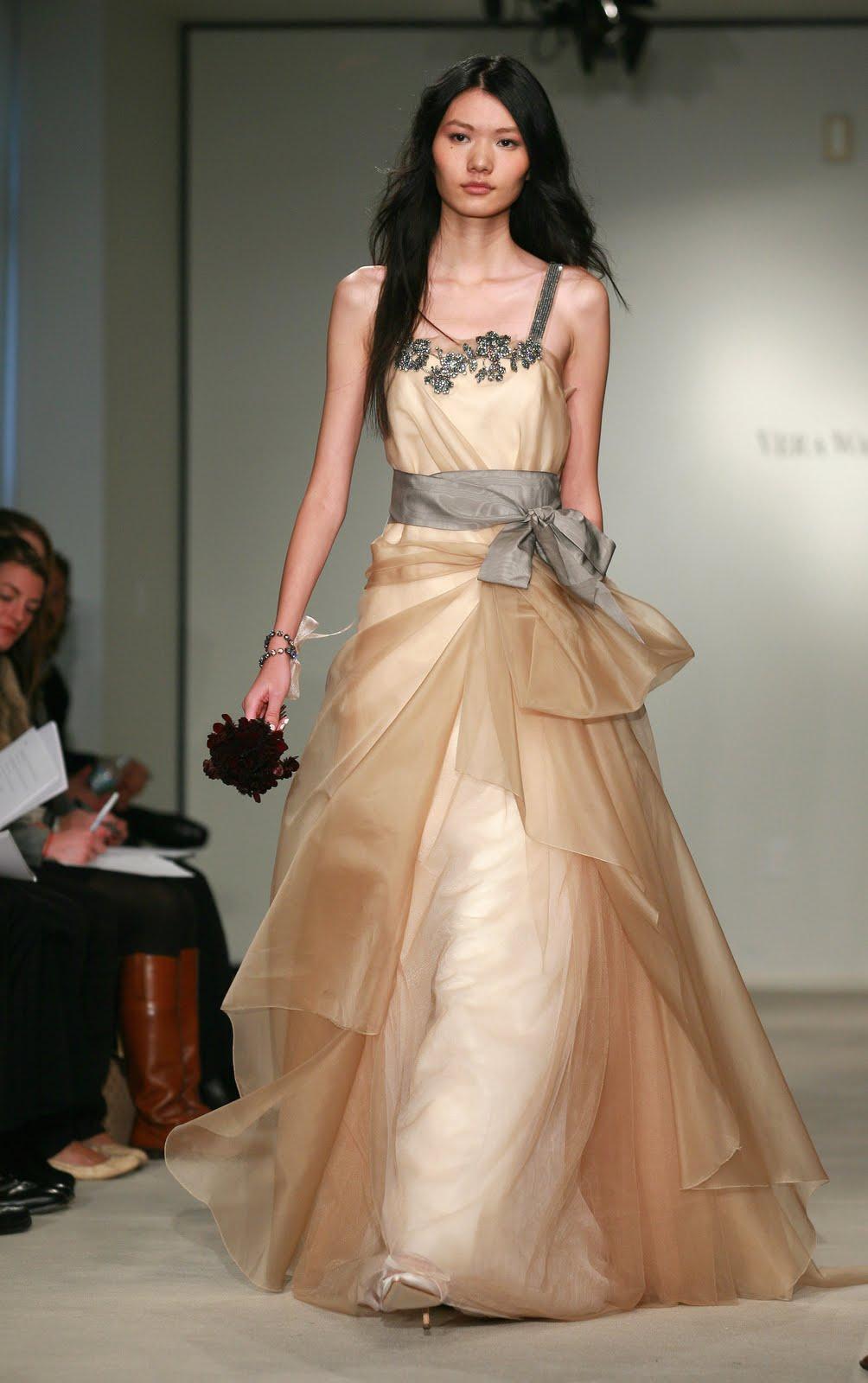 Cheap Wedding Gowns Online Blog: Vera Wang Evening Dresses