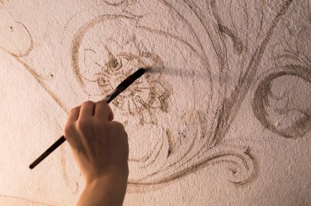 Decorazioni pittoriche curve e riccioli decorazione - Decorazioni pittoriche ...