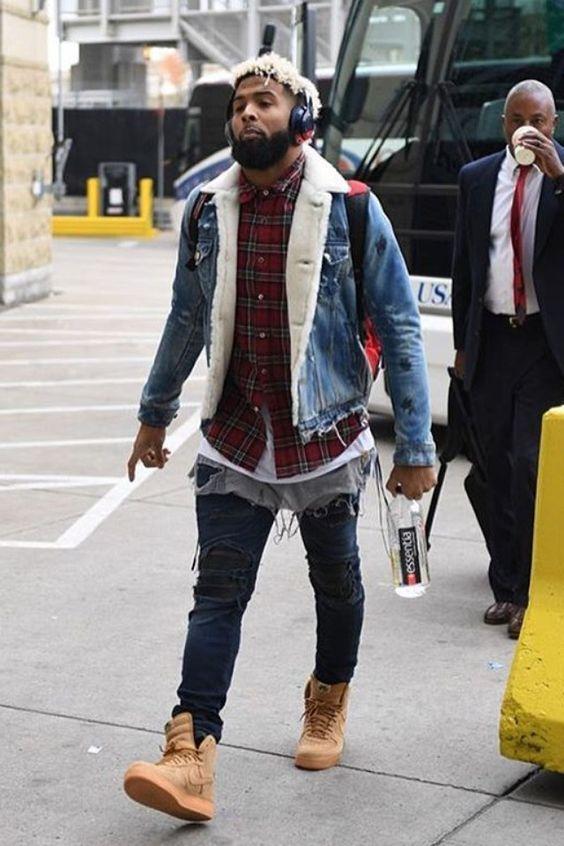 c9171384f Odell Beckham Jr., jogador de Futebol Americano, usa bastante Tênis com Cano  Alto