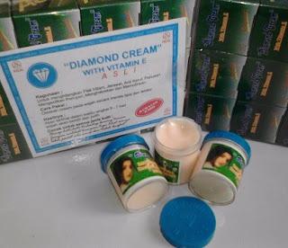 ciri ciri cream rose asli,cream diamond tutup biru,cream diamond tutup merah,diamond cream berbahaya,diamond cream with vitamin e,efek samping cream diamond,krim kalimantan palsu,