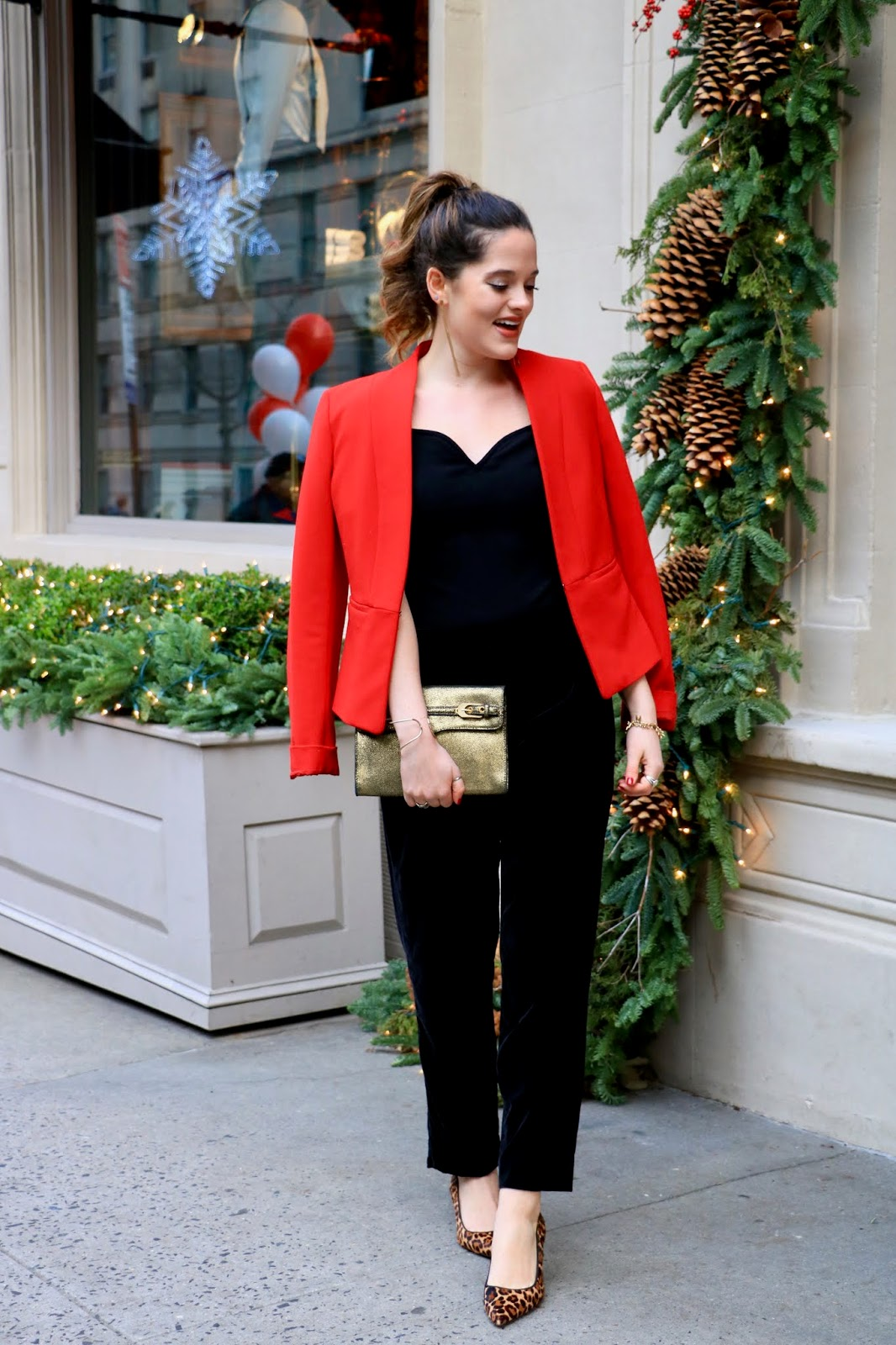 Nyc fashion blogger Kathleen Harper's holiday outfits