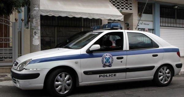 Θεσσαλονίκη: Άνδρας απειλεί να κάνει «βουτιά θανάτου» από 12όροφη πολυκατοικία (βίντεο)