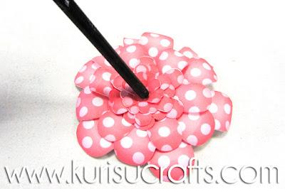 Tutorial flores de papel Kurisu Crafts, paso 8