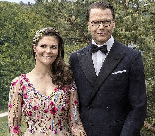 Crown Princess Victoria wore a new wildflowers patterned dress by Swedish designer Frida Jonsvens. 10th wedding anniversary