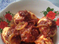 Resep Telur Sambal Rumahan ( Egg sauteed with red chili sauce )