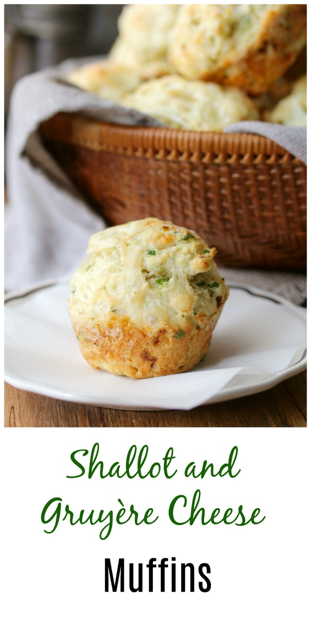 Shallot and Gruyère Cheese Muffins #muffins #shallots #gruyère #cheesemuffins #karenskitchenstories