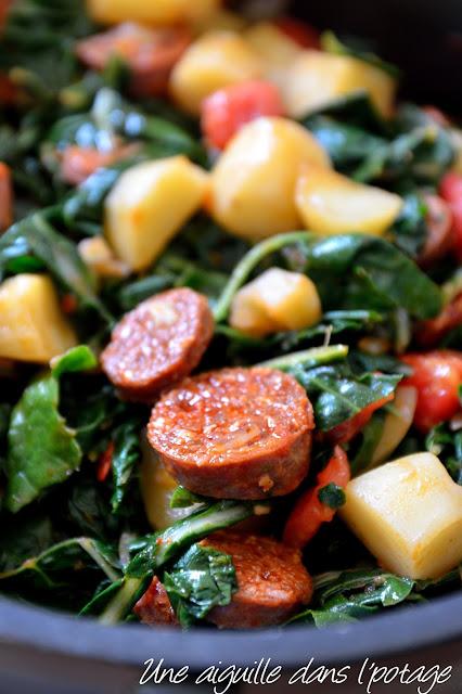 Blettes au chorizo et aux tomates