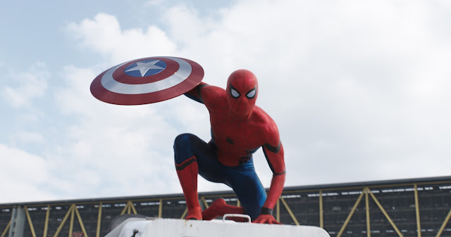 Trailer inédito de Capitão América: Guerra Civil revela novo Homem-Aranha