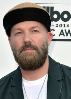 Fred Durst net worth, wife, age, house, dead, kseniya beryazina, 2016, now, limp bizkit, cap, hat, band, today, songs, red hat, tattoos, twitter, instagram, nookie, wiki, biography