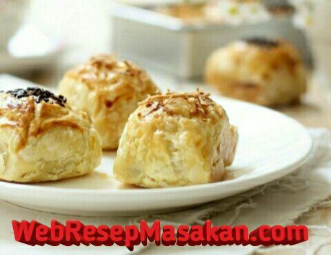Molen pisang puff pastry, Resep Molen Pisang Puff Pastry, Cara membuat molen pisang puff pastry,