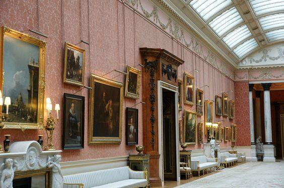 Take A Sneak Peek At Buckingham Palace S Opulent Rooms