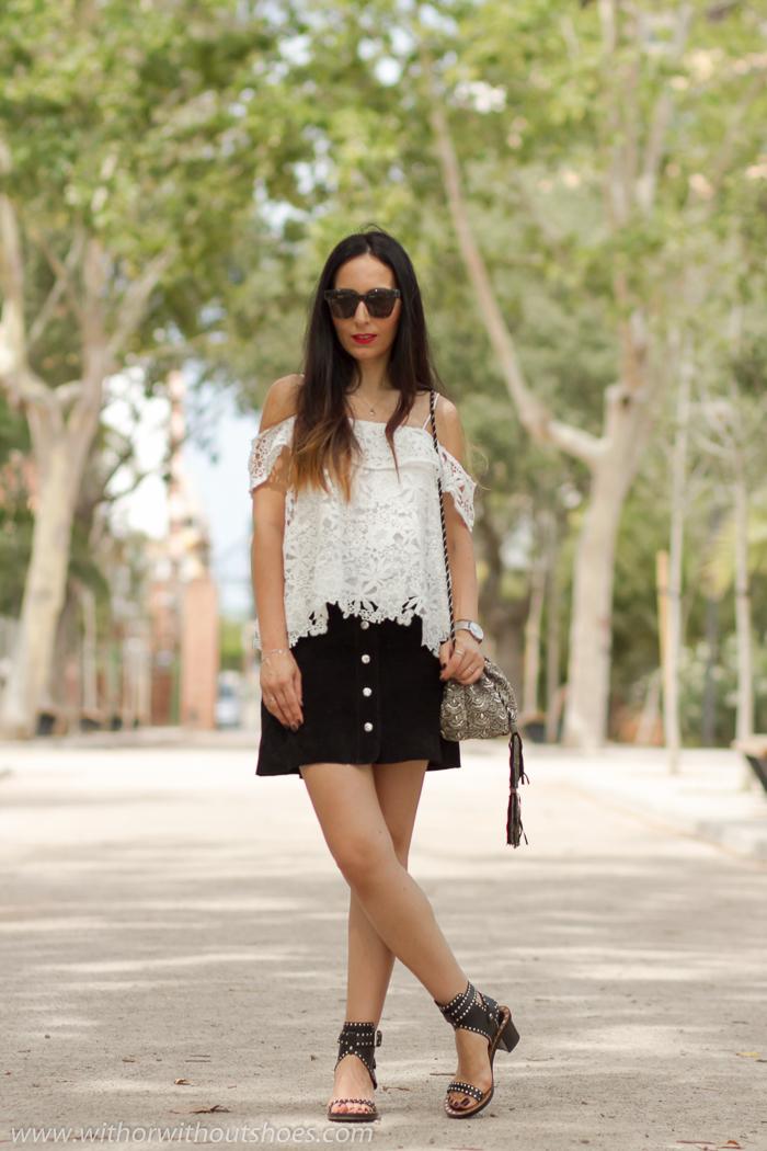 BLogger influencer instagramer de moda belleza de Valencia con looks comodos con estilo