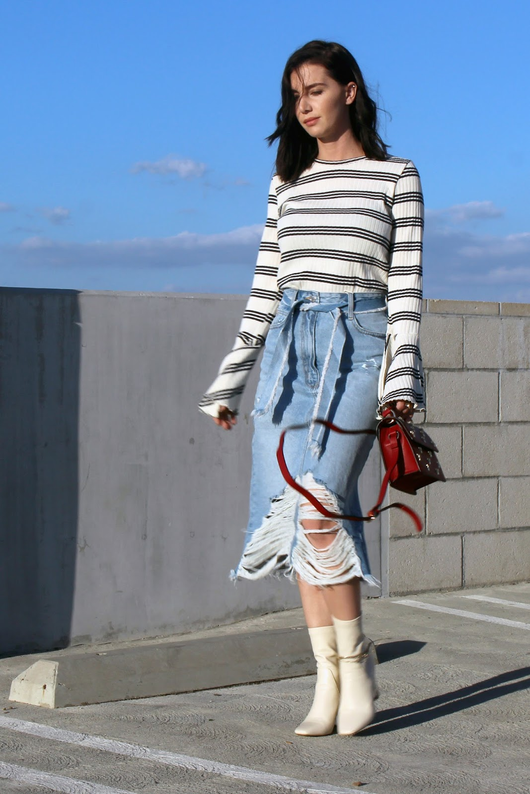 denim midi skirt, flared sleeve top, ankle boots,street style, fall 2016 trends