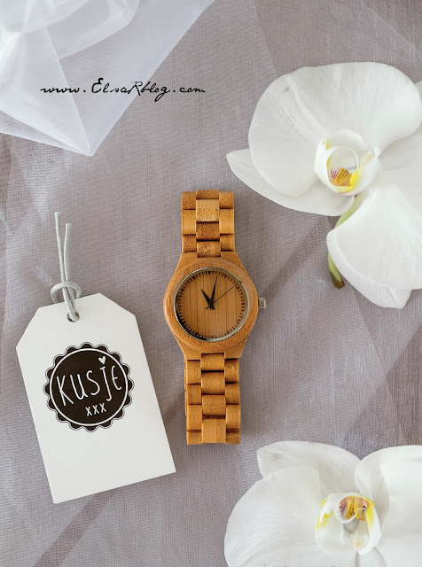 houten horloges met persoonlijke gegraveerde tekst