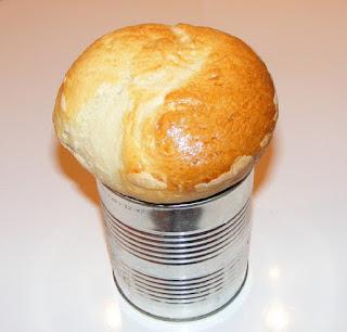 paine de casa frageda si pufoasa, retete de paine alba, preparare paine, coca la cutie copata, cocaturi, aluaturi, brutarie, patiserie,