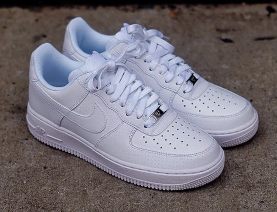 29b0c916fa6 Nike Air Force 1 Low White Microperf SneakerNews | Fashion and Style ...