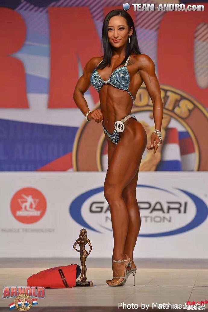 Area Orion: Mou Cong Makes China's Female Bodybuilding History